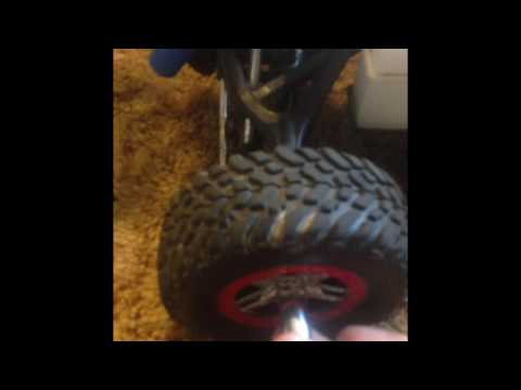How to remove rc car tire