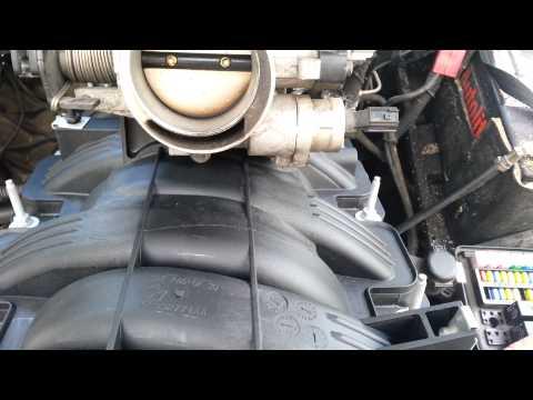 Part 1 Intake manifold Dodge Ram 1500 4 .7