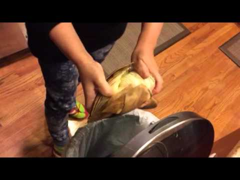 How to peel a bamboo shoot