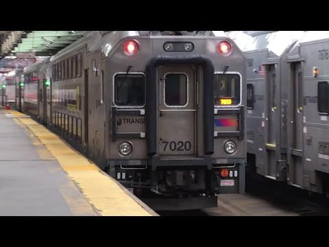 New Jersey Transit Northeast Corridor Train 7833 to Trenton @ Newark-Penn Station