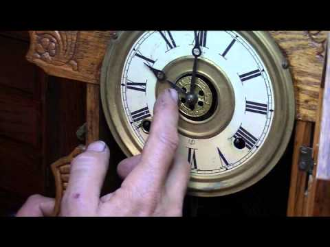 Clock strikes the wrong time - Pocket Full of Time -281-755-4377
