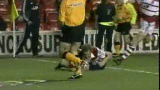 Explosive Match - Wigan V Leeds 2000.mpg