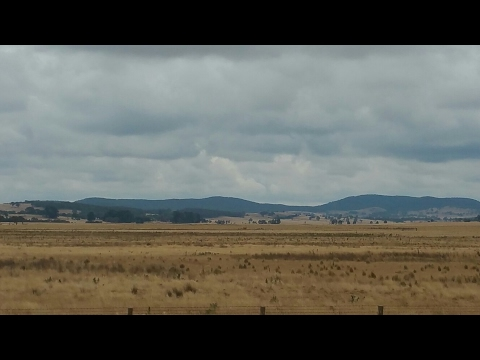 Awesome Drive from Sydney to Melbourne via Canberra(Australia)