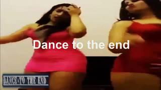 رقص خطير من صولا وجوليا بقمصان نوم