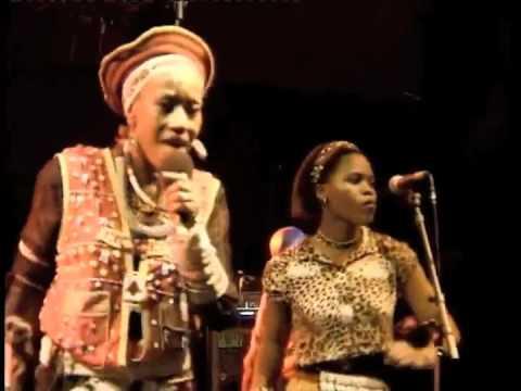 Busi Mhlongo Live Zithin' izizwe live at Nantes & Roskilde