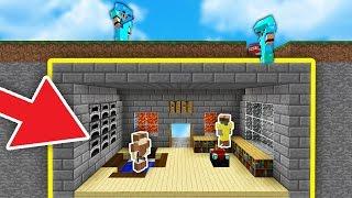 100% SECRET TROLL HOUSE UNDER THE MAP! | Minecraft SKYWARS (TROLLING)