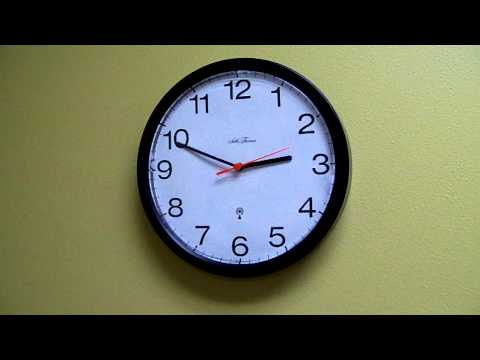Atomic Clock Changes to Daylight Savings Time Automatically