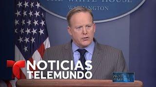Portavoz de la Casa Blanca regaña a los medios de prensa | Noticiero | Noticias Telemundo