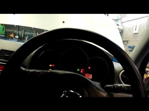 Mazda 3 rear brake pads handbrake piston reset