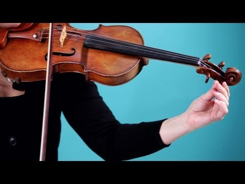 How to Tune the Strings | Violin Lessons