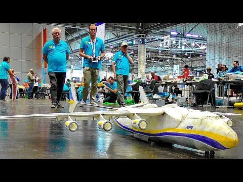 AMAZING LIGHTWEIGHT RC MODELS AIRLINERS BOEING-777 ANTONOV AN-225 IN THE AIR INDOOR FLIGHT DEMO