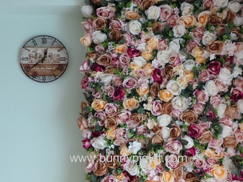 Tutorial on DIY Flower Wall