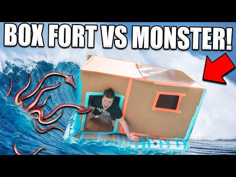 FLOATING BOX FORT BOAT!!  📦💧MONSTER IN THE WATER! 😱