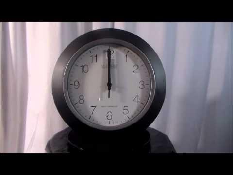 La Crosse WT 3102B 10inch Atomic Analog Wall Clock