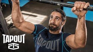 Hinter den Kulissen von Seth Rollins' Workout: Powered by Tapout