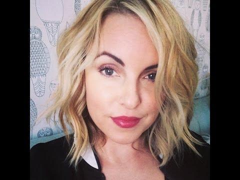 Short Hair Easy Beach Waves, Hair ideas for short hair ladies- Elle Leary Artistry