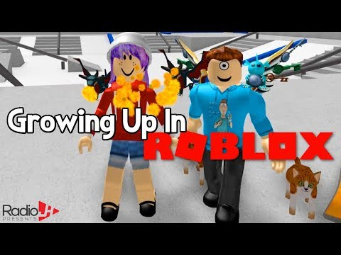 GROWING UP BIG AND STRONG IN ROBLOX!