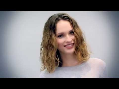 How to Create Windblown Waves Without a Blowdryer with Bumble and bumble   Sephora