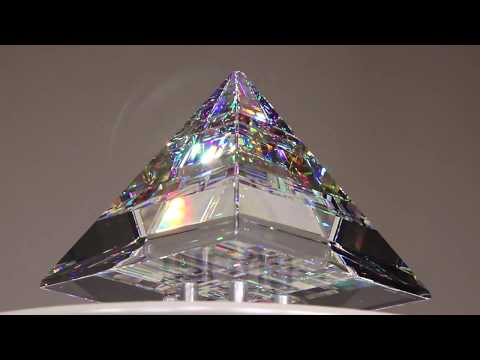 Pyramid Peak [Low Angle Shot] - Glass Sculpture by Jack Storms