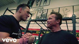 """Andreas Gabalier feat. Arnold Schwarzenegger - """"Pump it Up – The Motivation Song"""" (Offi..."""