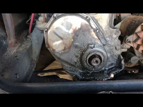 How To Remove Crankshaft Pulley Off Old Chevy With No Center Bolt