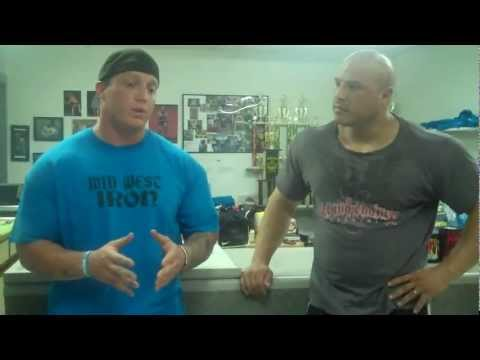 Mike Moore of Midwest Iron Talks with Prescription Nutrition's Chris Genkinger