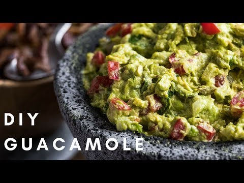 THE BEST GUACAMOLE EVER | DIY Craftsy Cooking Tutorials