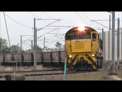 Queensland Trains between Goodna and Redbank on 18th May 2017