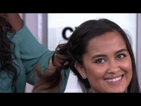 2 fast and easy ways to get your hair off your neck