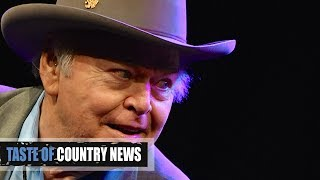 Roy Clark, Country Music Hall of Famer, Dies at Age 85