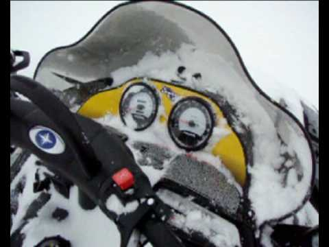 How to cold start a snowmobile