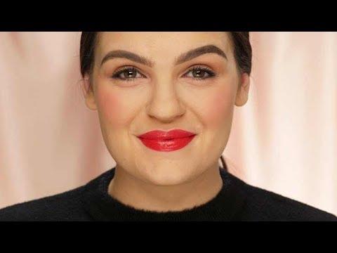 4 Unexpected Red Lipstick Makeup Hacks