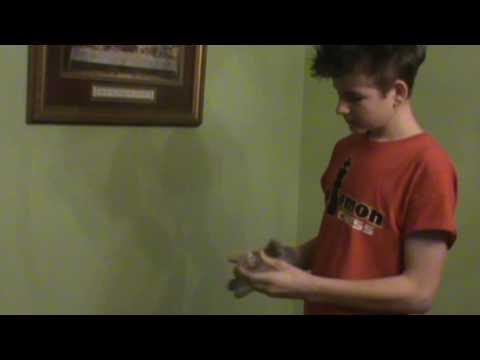 How to Yo-Yo Basic hand hold