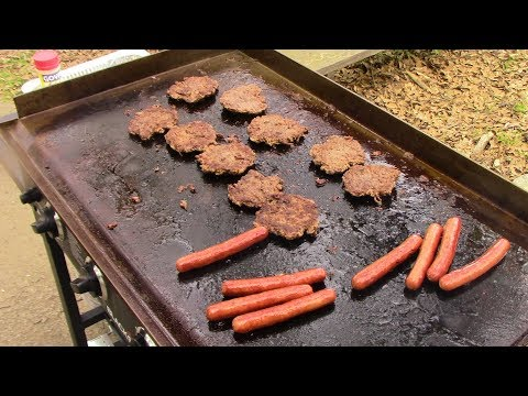 Hamburgers and Hotdogs/Blackstone Griddle Cooking