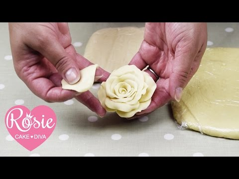 How to Make Easy Modelling Chocolate