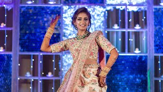 Bride's Sangeet Dance Dedicated to MOM & DAD | Dilbaro | Aisa Kyun Maa | Bride Choreography