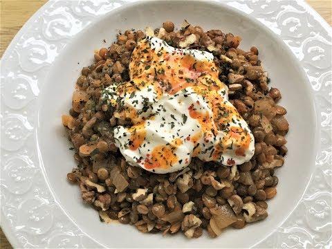 'KELECOŞ' RECIPE WITH GREEN LENTILS -  Lentils With Walnut, Yogurt And Butter&Paprika Sauce