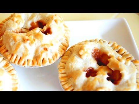 How to Make Mini Apple Pie - Mini Baker Episode 1