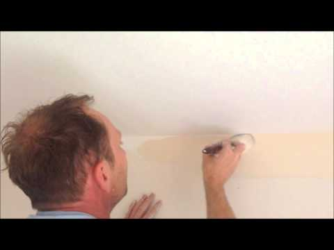 How to cut in wall colour to a  ceiling line