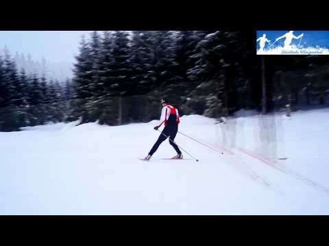 nordic skiing technique: stopping - the snowplow with one foot in the lane