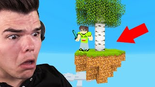 Download Playing SKYBLOCK In MINECRAFT! (I Almost Died) Video