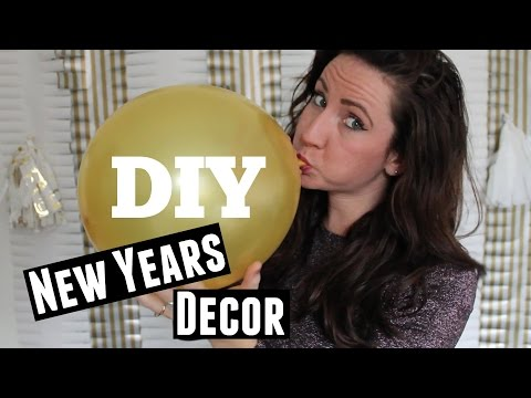 DIY New Years Decor - Photo Booth