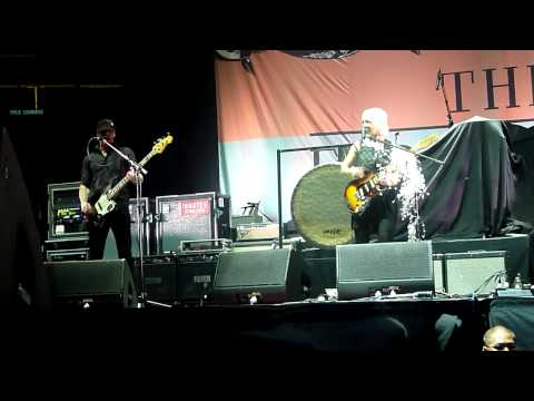 The Joy Formidable - A Heavy Abacus & Austere (live) - Newark, NJ Prudential Centre, 14/11/2011