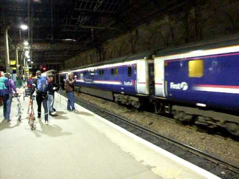 Caledonian Sleeper Glasgow - London arriving at Edinburgh Waverley station