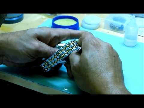 How to Replace a Crystal on Raymond Weil Watch