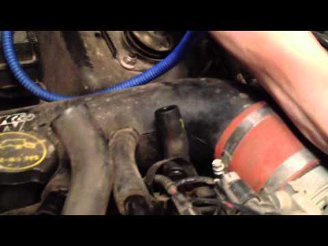 How To Find Car Engine Vacuum Leaks with A Hookah / Water Pipe! [TutorialGenius.com]