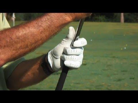 Figuring Golf Grip Size : Golf Tips