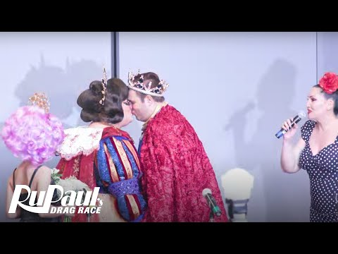 Ginger Minj Gets Married By Michelle Visage | RuPaul's DragCon NYC 2017