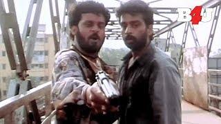 Best Chasing Scene in a MAFIA Movie | Satya | Manoj Bajpay, J. D. Chakravarthy | FULL HD