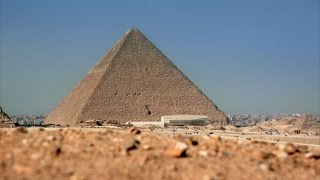 How Did the Egyptians Raise Huge Stoneworks?